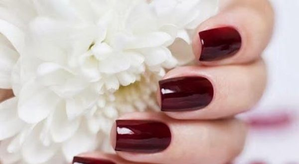 nail ombre đỏ